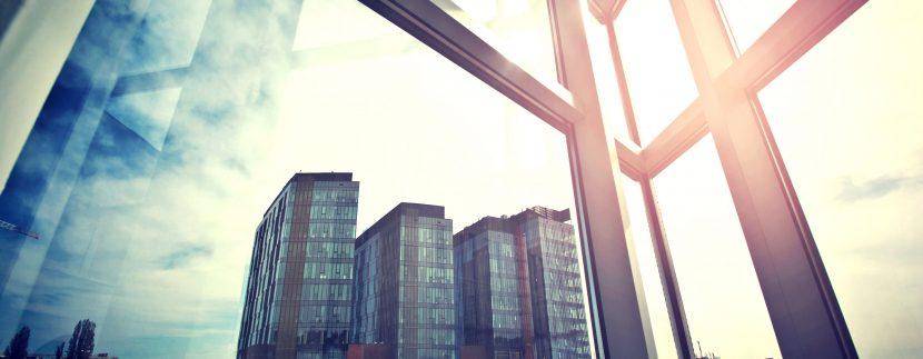 Prrédios visto de uma janela